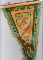 Large pennant 80s